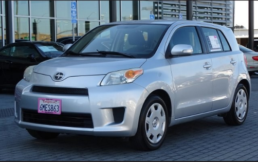 2010 Scion xD Owners Manual