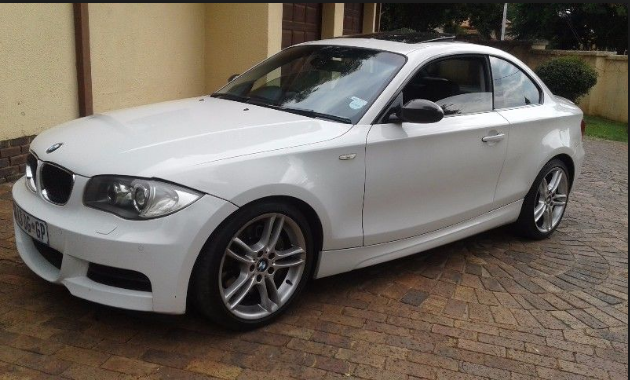 2009 BMW 1 Series Owners Manual