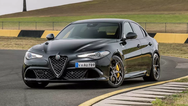 2017 Alfa Romeo Giulia Owners Manual